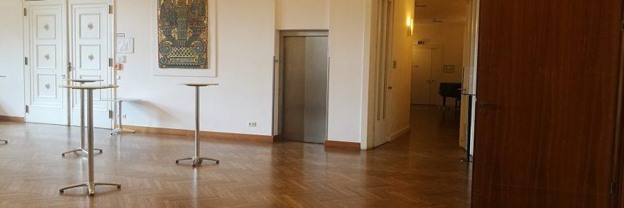 Foyer oben im Logenhaus – Eingang